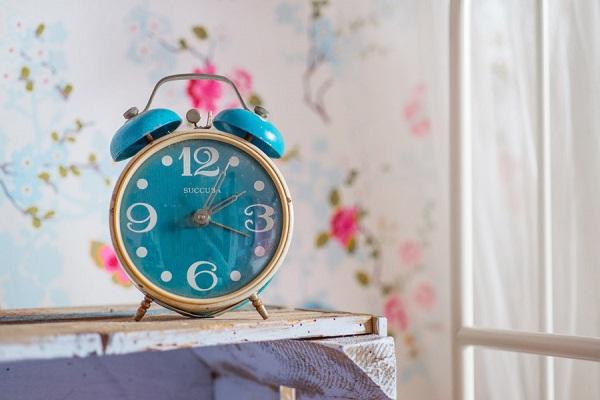 アナログ時計の写真